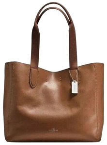98f5c9cf5049 Coach Suede Inside Not Lined Mfsrp Silver Hardware Tote in Saddle/Black  Interior