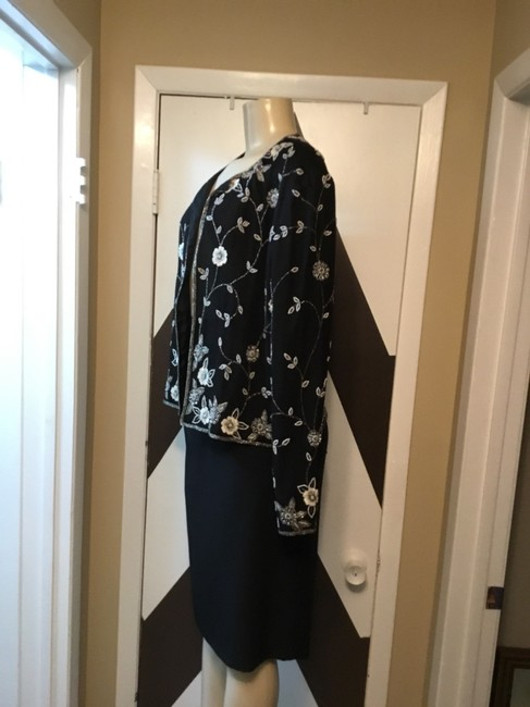 Adrianna Papell NWOT ADRIANNA PAPELL BOUTIQUE evening set. Mother of the bride, church, evening occasions, wedding? You can go wrong with this amazing 100% silk ornate top and gorgeous skirt ensemble. Please be advise that the top is large and the text is 18. Image 2
