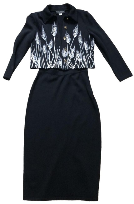 Preload https://img-static.tradesy.com/item/25368329/st-john-black-cr01-grp4-skirt-suit-size-2-xs-0-1-650-650.jpg