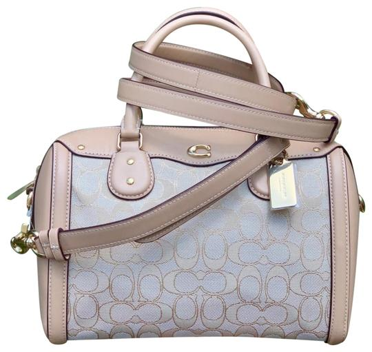 Preload https://img-static.tradesy.com/item/25368330/coach-bennett-ivie-crossbody-in-signature-jacquard-light-khaki-beechwood-satchel-0-1-540-540.jpg