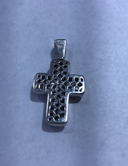 18KT White Gold Invisible Set Princess Cut Diamond Cross 18KT white gold invisible set princess cut diamond cut 6.00cts. Image 5