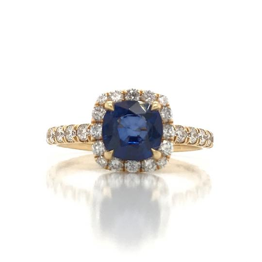 Preload https://img-static.tradesy.com/item/25368426/blue-138ct-sapphire-with-halo-cushion-shaped-engagement-ring-0-0-540-540.jpg