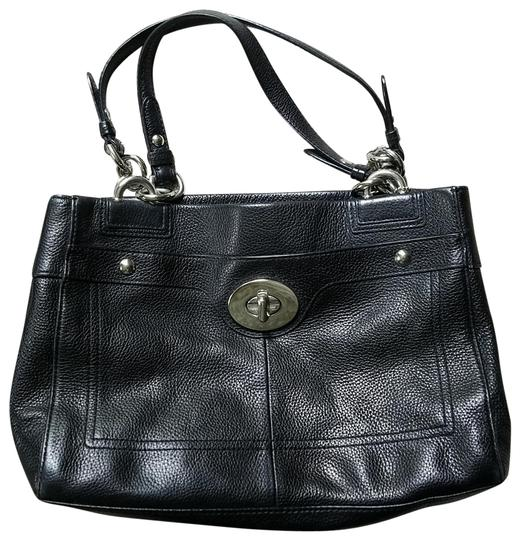 Preload https://img-static.tradesy.com/item/25368427/coach-penelope-carry-all-black-leather-satchel-0-1-540-540.jpg