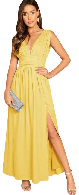 Item - Yellow Plunging Neck Zip Back High Split Ruched Long Casual Maxi Dress Size 8 (M)