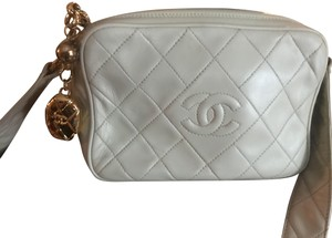 43ec08e97a1e Chanel Bags on Sale – Up to 70% off at Tradesy