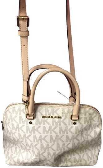 Preload https://img-static.tradesy.com/item/25370038/michael-kors-mk-monogram-ivory-leather-shoulder-bag-0-1-540-540.jpg
