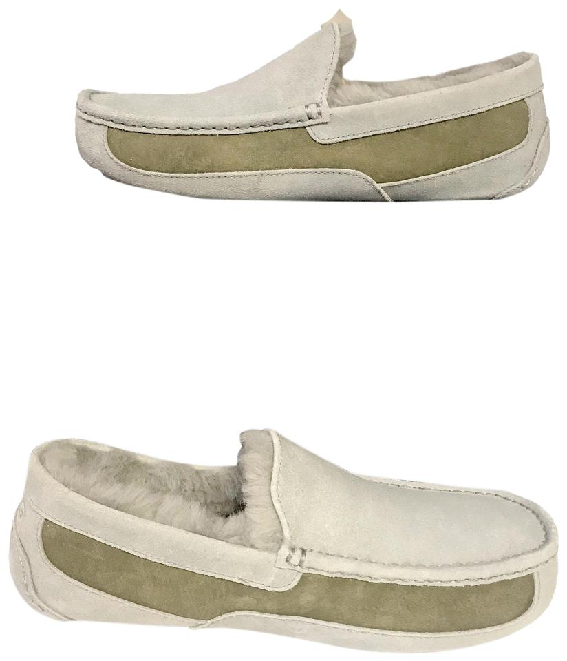 a2fe9b9b2f8 UGG Australia Light Gray / Moss Green Ascot Men's Slippers Flats Size US 10  Regular (M, B) 44% off retail