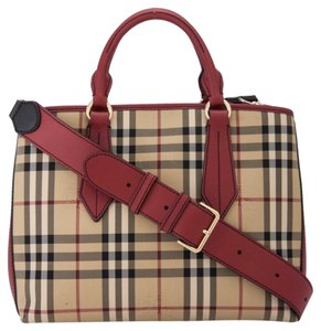 Burberry #horseferry #leather Tote in Honey/Parade red