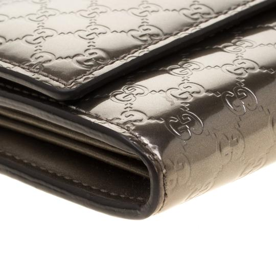 Gucci Metallic Grey Microguccissima Patent Leather Continental Wallet Image 3