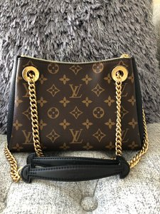 acb78f21bb9343 Designer Handbags -- Vintage and Luxury Bags and Purses on Sale ...