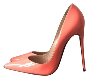 Christian Louboutin orange Pumps