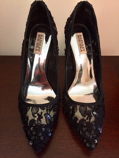 Badgley Mischka Beaded Lace Formal Evening Black Pumps Image 5