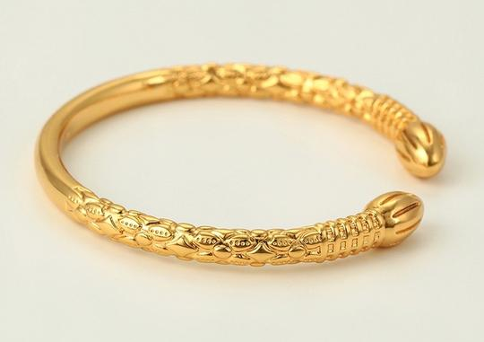 Muffie's Closet One Pair West Indian 18k gold overlay. The base is copper. They will not tarnish. Image 2