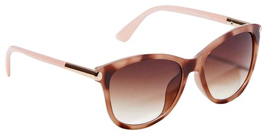 Preload https://img-static.tradesy.com/item/25374452/ann-taylor-loft-pastel-arm-marbleized-cateye-sunglasses-0-1-540-540.jpg