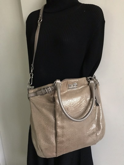 Coach Cross Body Bag Image 9