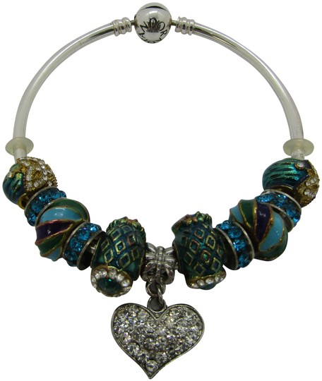 Preload https://img-static.tradesy.com/item/25374757/pandora-blues-ss-with-colorful-and-green-charms-heart-charm-bracelet-0-1-540-540.jpg