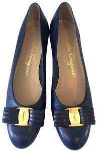 Salvatore Ferragamo Ballet Leather Varina Blue Pumps