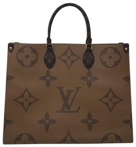 Louis Vuitton Onthego Onthego Onthego Giant Giant Onthe Onthego Tote in Reverse Monogram