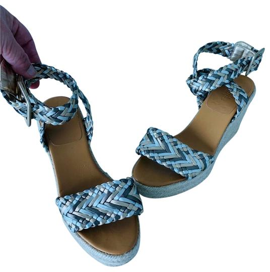 Preload https://img-static.tradesy.com/item/25375000/hermes-braided-espadrilles-wedges-size-us-6-regular-m-b-0-1-540-540.jpg