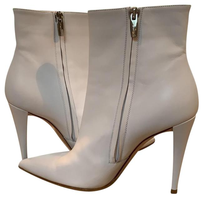 Item - White 4 Inch Heels Boots/Booties Size US 9 Regular (M, B)