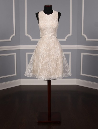 Preload https://img-static.tradesy.com/item/25375095/ivory-and-champagne-lace-tulle-melissa-modern-wedding-dress-size-8-m-0-0-540-540.jpg