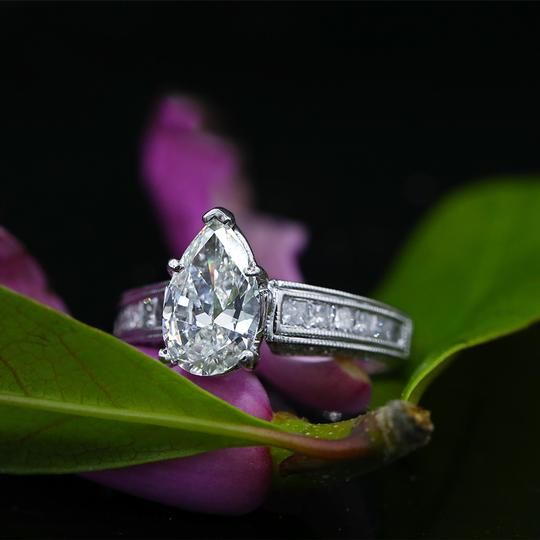 Preload https://img-static.tradesy.com/item/25375400/white-precious-gold-with-257ct-tcw-engagement-ring-0-0-540-540.jpg
