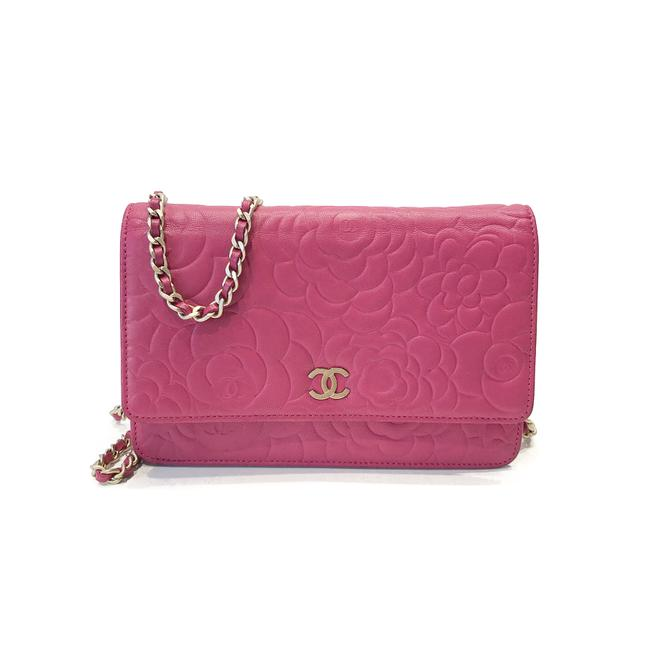 Chanel Wallet on Chain Camellia Lambskin Pink Leather Cross Body Bag Chanel Wallet on Chain Camellia Lambskin Pink Leather Cross Body Bag Image 1