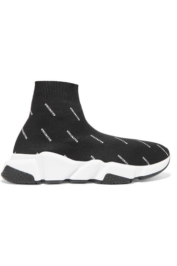 Preload https://img-static.tradesy.com/item/25377101/balenciaga-black-with-logo-in-white-speed-trainers-sneakers-size-us-8-regular-m-b-0-0-540-540.jpg