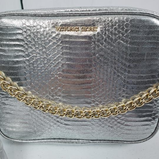 Victoria's Secret Embossed Faux Leather Gold Hardware Chain Cross Body Bag Image 4