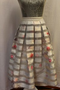 Ted Baker Niica Window Skirt gray silver and Baby Pink