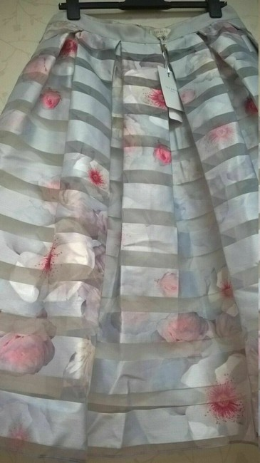 Ted Baker Niica Window Skirt gray silver and Baby Pink Image 3