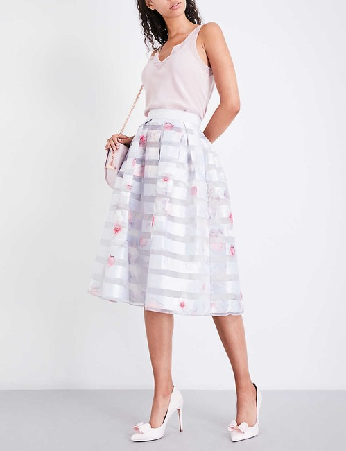 Ted Baker Niica Window Skirt gray silver and Baby Pink Image 5