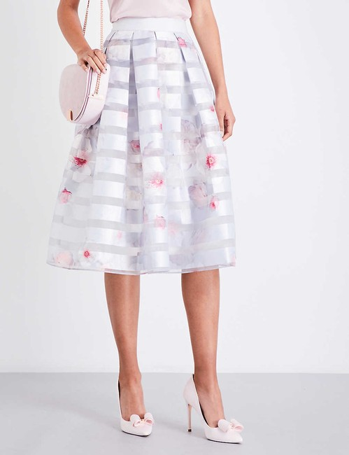 Ted Baker Niica Window Skirt gray silver and Baby Pink Image 6