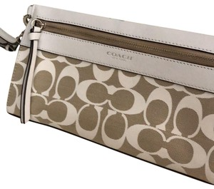 Coach Wristlet in white and tan