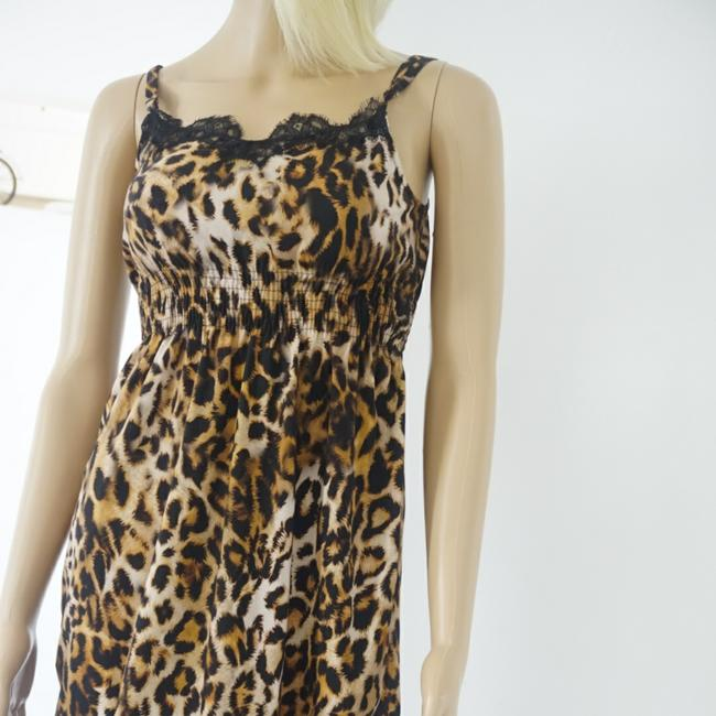 Preload https://item2.tradesy.com/images/tiger-print-colection-mid-length-short-casual-dress-size-6-s-25377726-0-1.jpg?width=400&height=650
