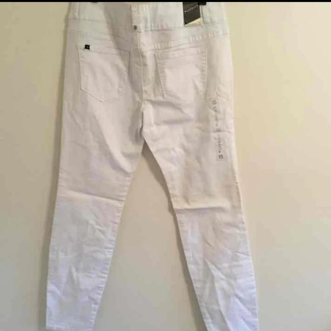 Preload https://item2.tradesy.com/images/hot-topic-white-skinny-jeans-size-16-xl-plus-0x-25377781-0-0.jpg?width=400&height=650