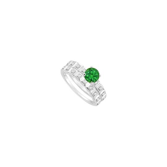 Preload https://img-static.tradesy.com/item/25377856/green-created-emerald-and-cubic-zirconia-engagement-with-wedding-band-ring-0-0-540-540.jpg