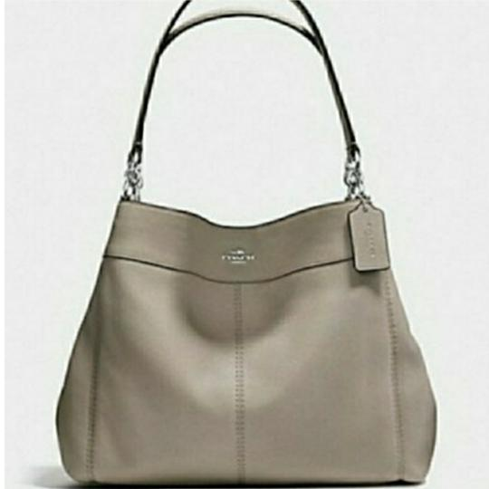 Preload https://item4.tradesy.com/images/coach-lexy-lexi-fog-rare-color-in-gray-leather-messenger-bag-25377858-0-3.jpg?width=440&height=440