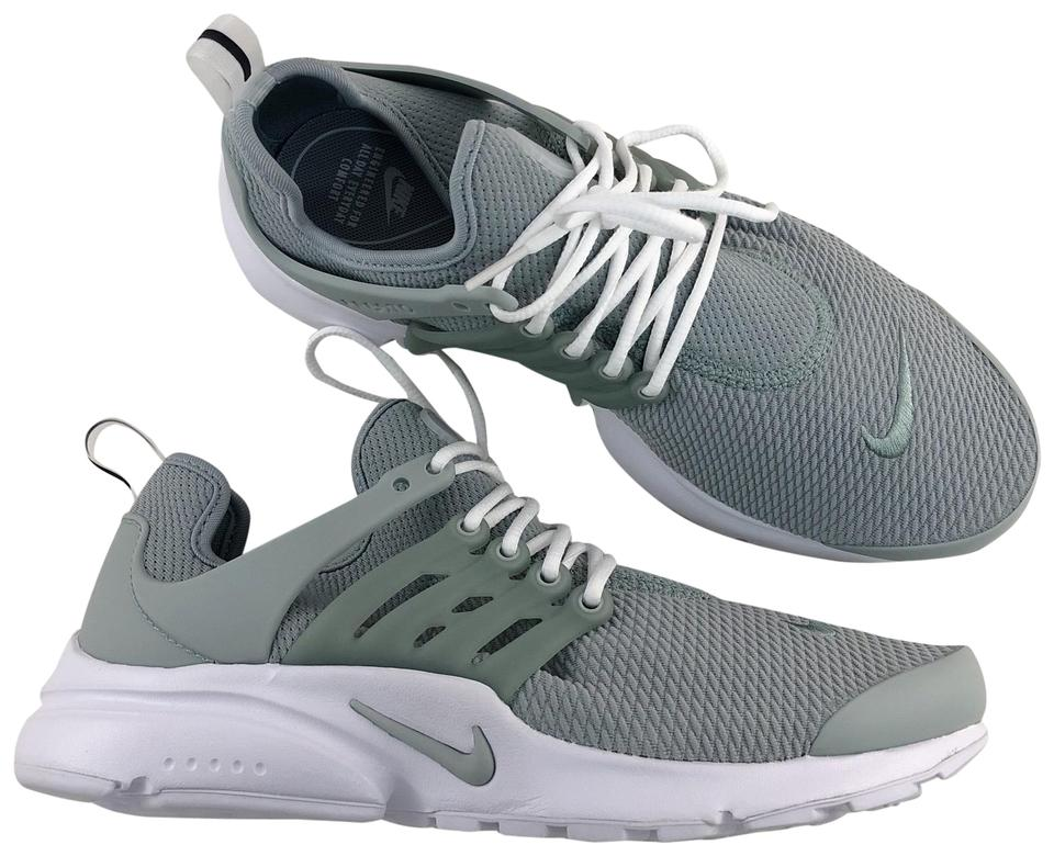 best authentic c9f58 ef958 Nike Women's Air Presto Deliver Unrivaled Fit and Comfort. Style/Color:  878068-015 Sneakers Size US 8 Narrow (Aa, N) 37% off retail