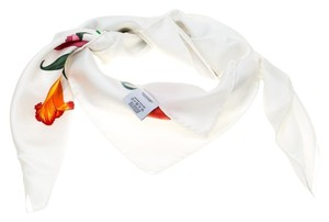 Gucci White Floral Printed Silk Vittorio Accornero Square Scarf