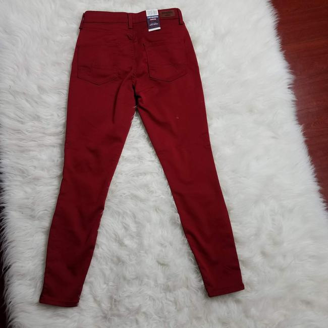 Levi's Red Dark Rinse High Misses 2 Skinny Jeans Size 25 (2, XS) Levi's Red Dark Rinse High Misses 2 Skinny Jeans Size 25 (2, XS) Image 2