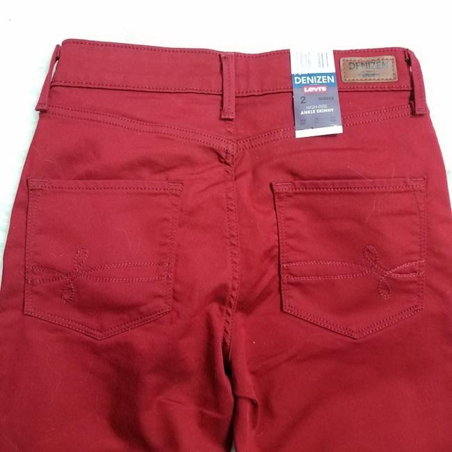 Levi's Red Dark Rinse High Misses 2 Skinny Jeans Size 25 (2, XS) Levi's Red Dark Rinse High Misses 2 Skinny Jeans Size 25 (2, XS) Image 4