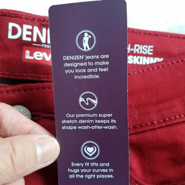 Levi's Red Dark Rinse High Misses 2 Skinny Jeans Size 25 (2, XS) Levi's Red Dark Rinse High Misses 2 Skinny Jeans Size 25 (2, XS) Image 7