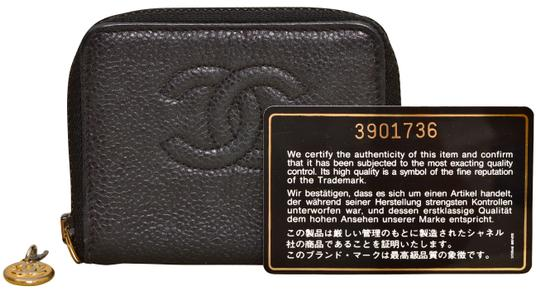 Preload https://img-static.tradesy.com/item/25384194/chanel-black-cc-logo-caviar-zippered-coin-purse-wallet-0-1-540-540.jpg