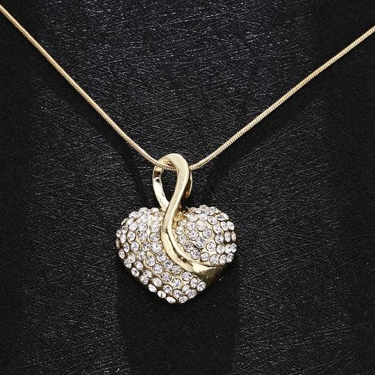 Gold Necklace Image 0