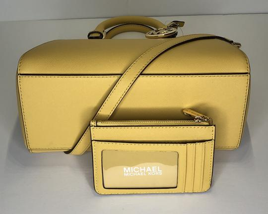 Michael Kors Leather Matching Wallet Satchel in Daisy Yellow Image 4
