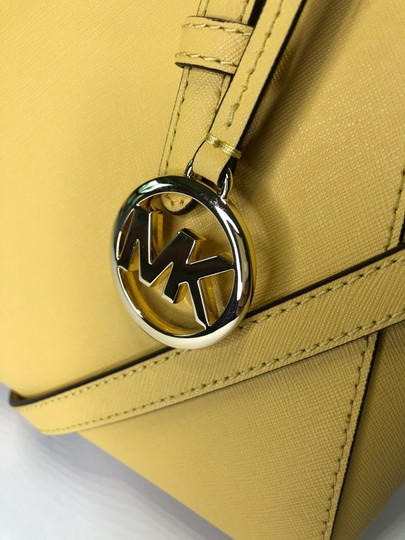 Michael Kors Leather Matching Wallet Satchel in Daisy Yellow Image 6