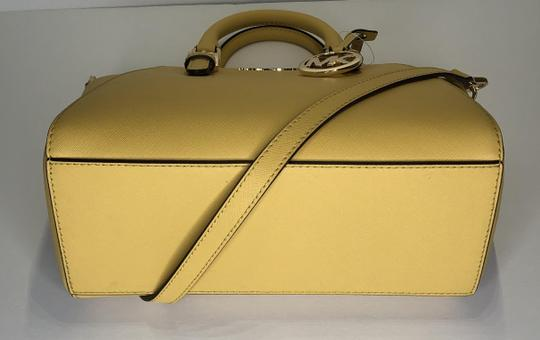 Michael Kors Leather Matching Wallet Satchel in Daisy Yellow Image 9
