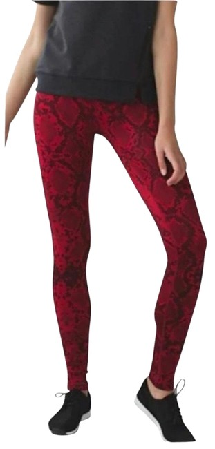 Item - Ziggy Snake Red Tide Cranberry Wunder Under Pant (Hi-rise) *full-on Luon Activewear Bottoms Size 2 (XS)