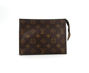 54370e27684 Louis Vuitton Pochette 19 Monogram Canvas Toiletry Pouch Cosmetics Travel  Dopp Bag